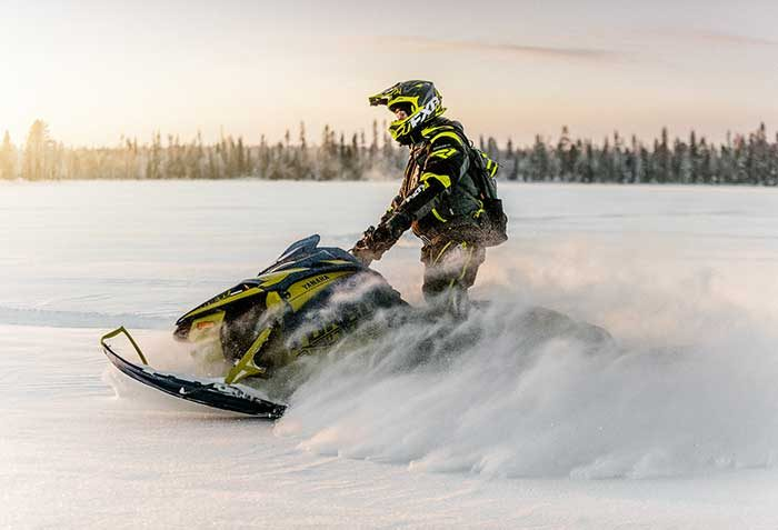 TRIPLE-X_Snowmobile-20
