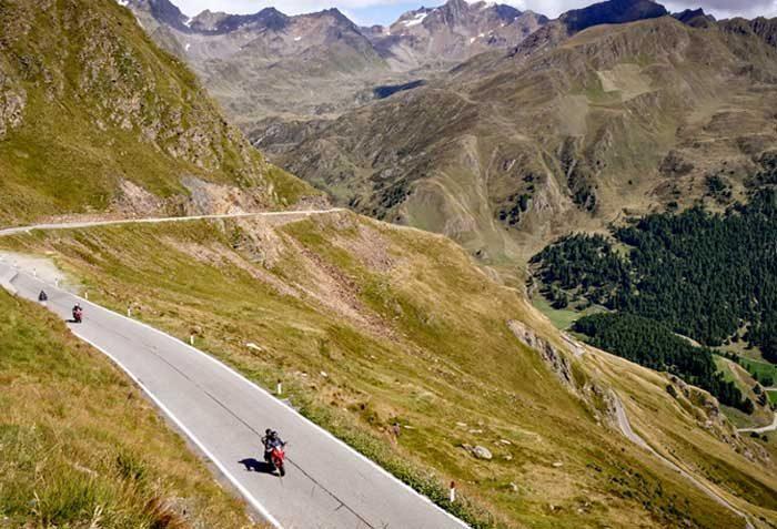 Touring-Center-Dolomites-1